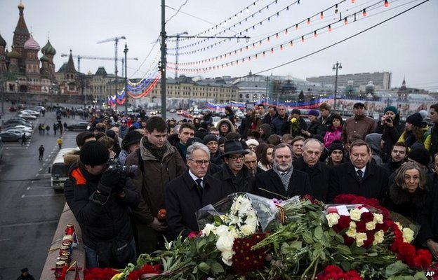 A group of EU ambassadors to Russia lays flowers in Moscow - 28 February 2015
