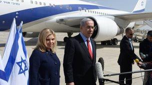 Israeli Prime Minister Benjamin Netanyahu with his wife Sarah at Ben Gurion airport - 1 March