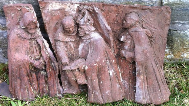 Easthaven carving
