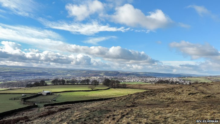 Wintry view from Baildon Moor