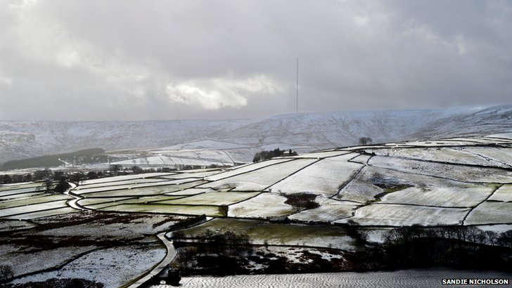 Snowy skies at Holme Moss
