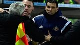 Steve Bruce and Gus Poyet have a touchline argument