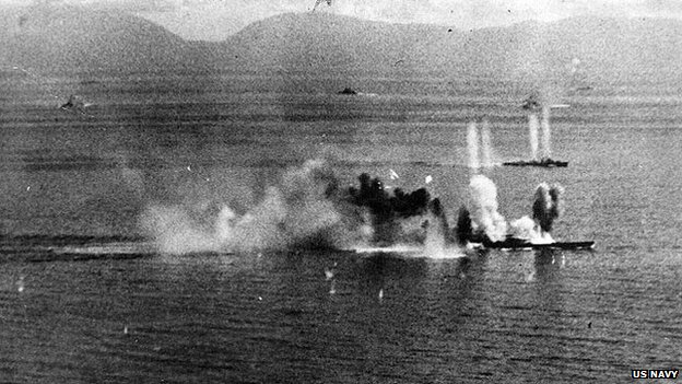 The Musashi coming under sustained attack by US aircraft in 1944