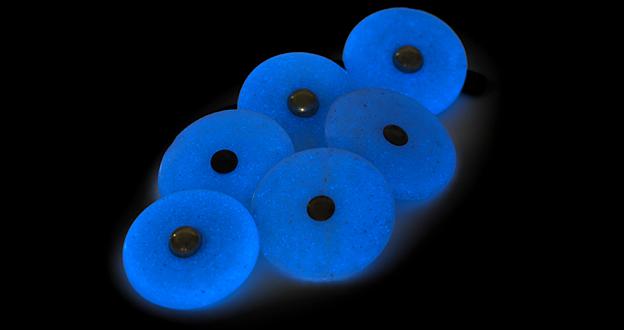 WW2 - luminous buttons