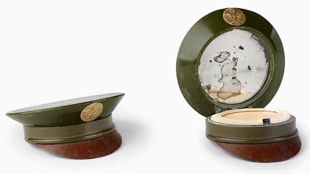 WW2 - compact case
