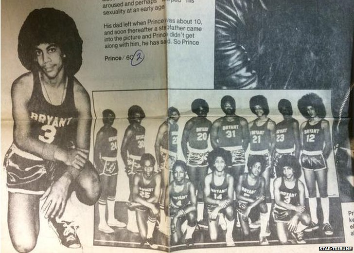 Prince in his High School basketball team