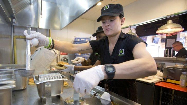 Burgerfi employee