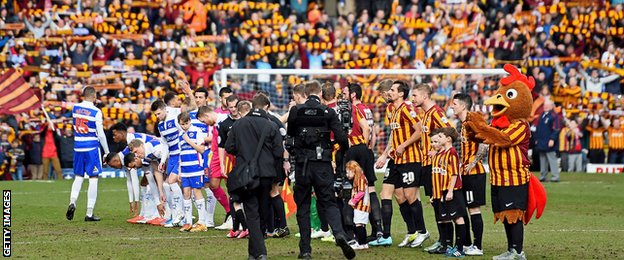 Teams line up for the start at Valley Parade