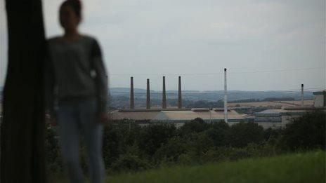 the forgottehttp://news.bbcimg.co.uk/media/images/81629000/jpg/_81629304_gettyrotherham.jpgn ones - Sheffied child abuse storu breaks