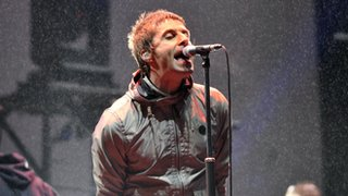 BBC - Newsbeat - Liam Gallagher hints at Oasis reunion after tweeting picture