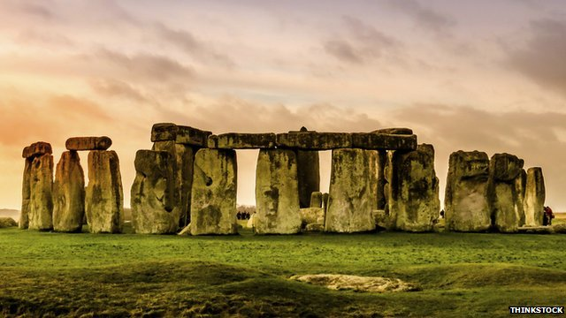 news support stonehenge tunnel