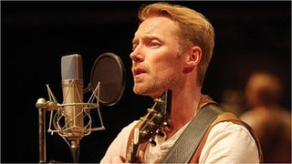 School Report - Ronan Keating 'felt exposed and naked on stage'