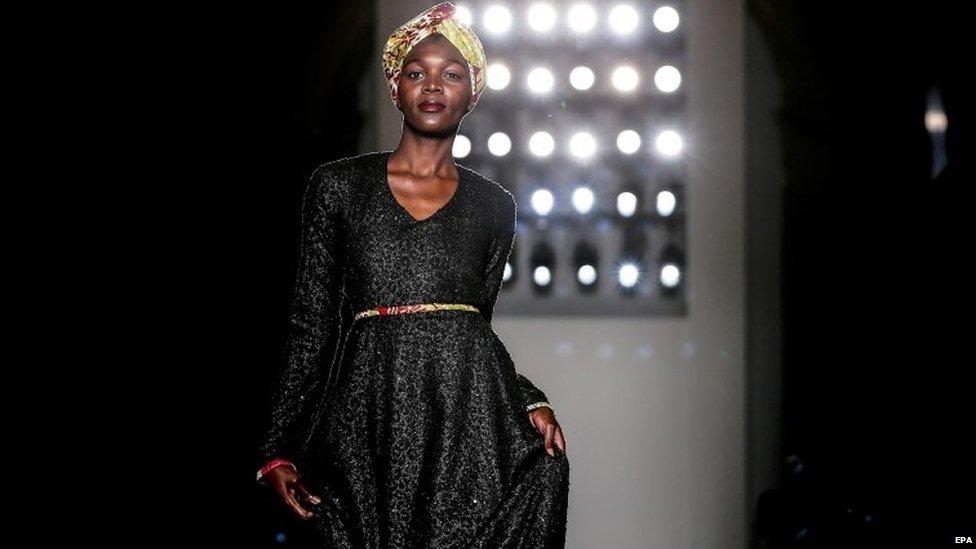 A model presents a creation by Angolan designer Nadir Tati at the Moda Lisboa fashion week in Lisbon, Portugal, 15 March 2015