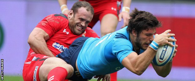 Wales produced a stunning performance to beat Italy to Six Nation Title race wide open