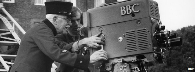 Chelsea Pensioner instructed in the use of a BBC camera, Your Army: Now, 1957