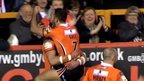 VIDEO: Shenton finishes stunning team try