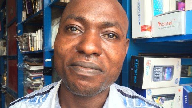Moses Onyibe, mobile photo trader, Lagos