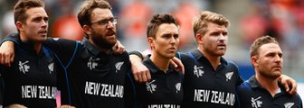 New Zealand's Tim Southee, Daniel Vettori, Trent Boult, Corey Anderson and Brendon McCullum