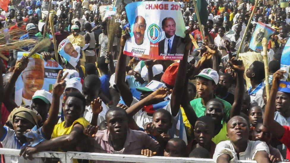 Supporters of Nigerian All Progressive Congress (APC) presidential candidate Muhammadu Buhari, during a campaign rally in Bauchi, Nigeria, 24 March 2015