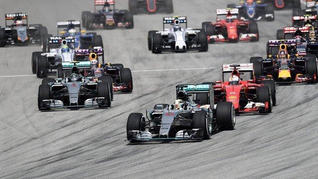 BBC Sport - Sebastian Vettel beats Lewis Hamilton to shock ...