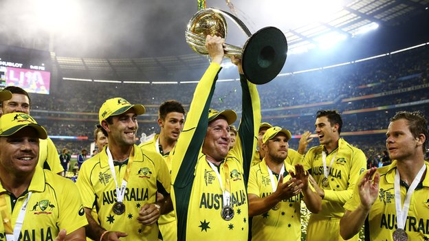 Brad Haddin celebrates with the team and trophy during the 2015 ICC Cricket World Cup final match between Australia and New Zealand at Melbourne Cricket Ground