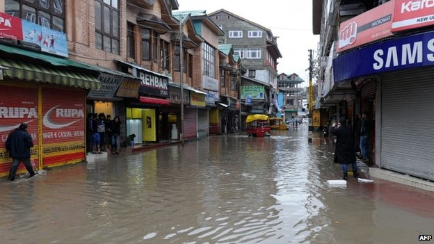 A flooded road is seen in the centre of Srinagar after heavy rainfall on March 29, 2015.