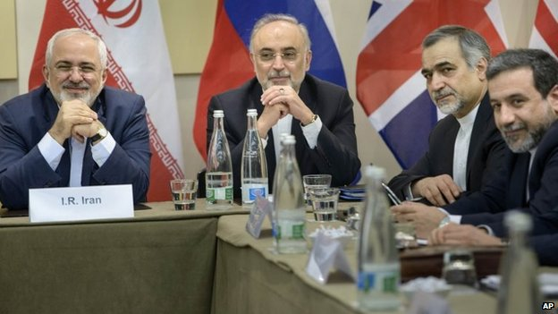 Iranian representatives, including Foreign Minister Mohammad Javad Zarif (left), at the nuclear talks in Lausanne, Switzerland (30 March 2015)