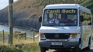 The Cardi Bach bus service is relaunched