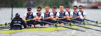 Oxford University in action during the 2014 Boat Race