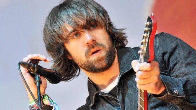 Premier League predictions: Lawro v Justin Young & Arni Arnason from The Vaccines