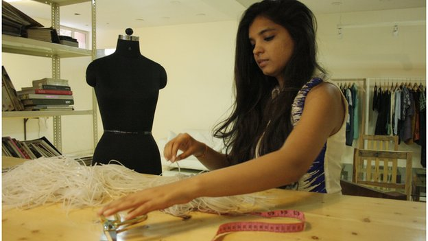 Indian Designers Reinterpret Traditional Textile Art Bbc News