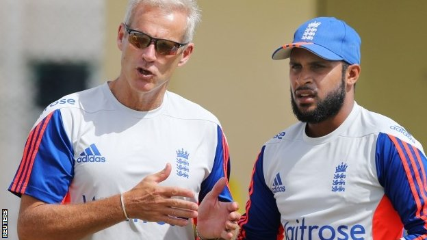 England should pick Rashid - Vaughan...