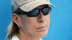 Navratilova quits as Radwanska coach