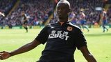Dame N'Doye celebrates scoring for Hull against Crystal Palace