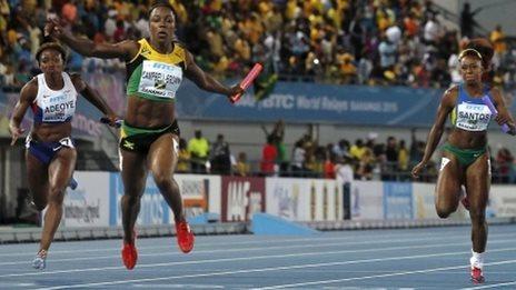 GB's women take bronze in the 4x100m relay