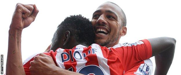 Stoke midfielder Steven Nzonzi celebrates scoring against Liverpool