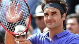 Roger Federer celebrates his French Open third-round win