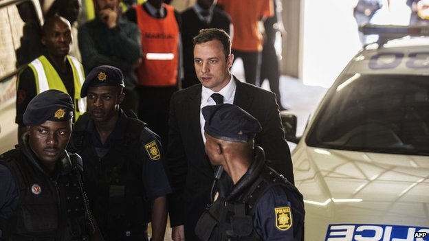 Oscar Pistorius out on probation in August