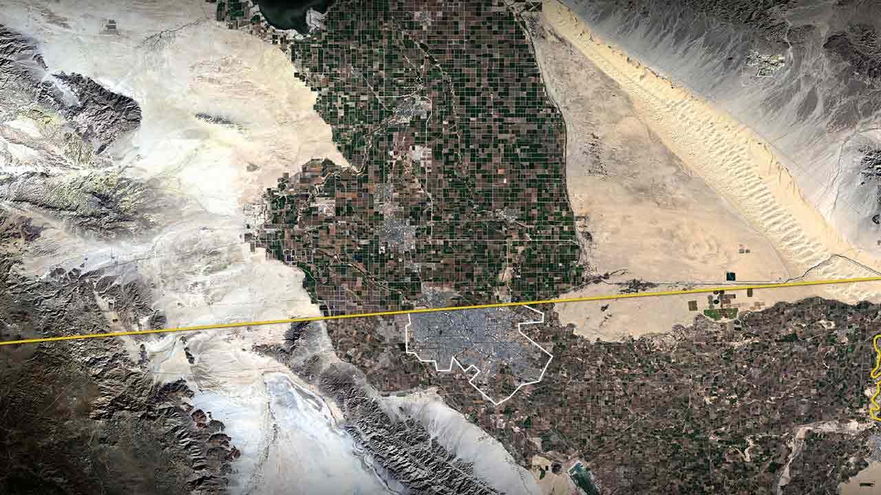 Спутниковый снимок дюн