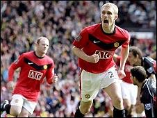 Manchester United's Darren Fletcher