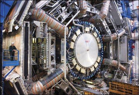 Atlas detector open in 2007 (M. Brice/C. Marcelloni)