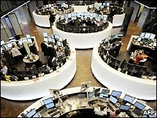 Traders in the German stock exchange