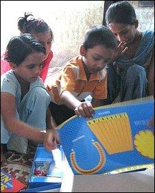Schooling Govandi children