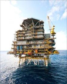 Petrobras' Mexilhao gas rig in the Santos basin