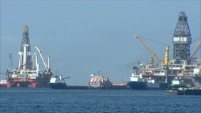 Ships involved in siphoning and pressure tests in Gulf of Mexico