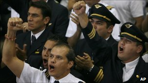 Protesting Mexicana pilots at Mexico City airport, August 1 2010