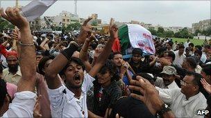Funeral of Raza Haider in Karachi 3.8.10