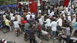Queues at Karachi petrol station
