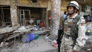An Iraqi soldier in Kut, 4 Aug