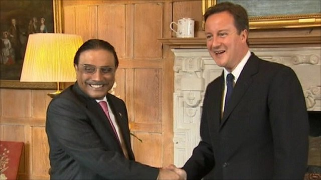 Pakistan's President Asif Ali Zardari and UK Prime Minister David Cameron